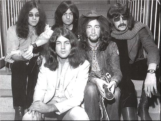 http://justasking2011.files.wordpress.com/2011/06/deeppurple.jpg